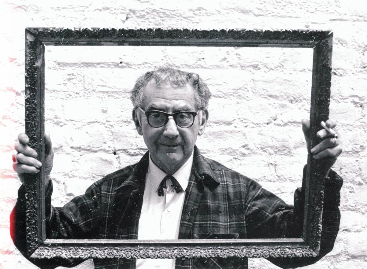 Σπουδαίοι Φωτογράφοι ~ Man Ray: Ο Σουρεαλιστής Φωτογράφος! Ένα αφιέρωμα στον διάσημο φωτογράφο, στα πλαίσια του αφιερώματος στη Φωτογραφία...